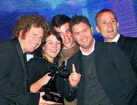 Net#work and Gloo team receive the Grand Prix for the Lonely Finger campaign.