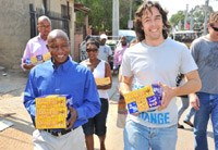 (L - R): Christopher Pienaar (Entrepreneur) and Yusuf Randera-Rees (founder of the Awethu Project).