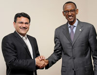 L to R: Manoj Kohli and Paul Kagame