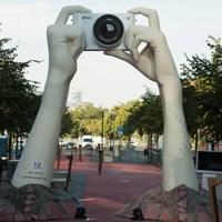 Nikon's big hands campaign draws attention