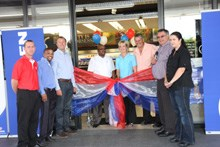 L-R: At the official opening of the Engen Crossing Convenience Centre, Frank Davison - Regional Operations Manager, Retsol Corner Bakery; with Hedly Everts - Regional Convenience Operations Manager, Engen; Garth Fourie - Woolworths Franchise & Engen; Philani Sithebe - Retail Sales Manager, Engen, Antonette & Phillip Piek - Dealers at Engen Crossing Convenience Centre; Piet du Plessis - Network Manager and Amanda van Listenburgh - Steers Franchise Manager