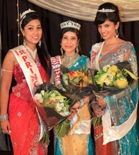 Miss Teen India SA 2012 first princess, Crystal Hariaran (left), Miss Teen India SA 2012 winner, Lisha Narayan, Miss Teen India SA 2012 second princess, Timita Butharam.