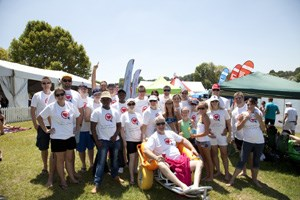 Privateproperty.co.za swims Midmar Mile for paraplegics - Private Property