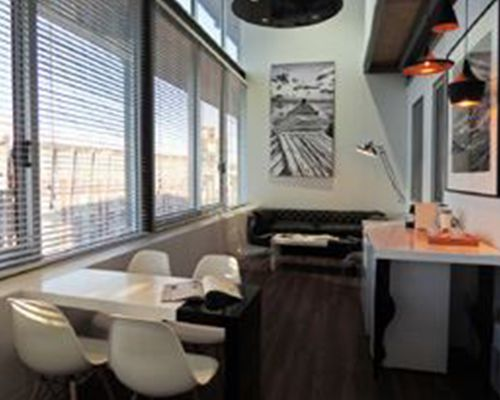 Executive lounge interior for Primedia