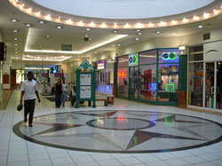 Malls tend to have apps but these are really only used for navigation - but there is so much more that they can do. (Image: Wikimedia Commons)