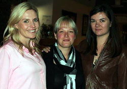 Nikki Cockcroft, Sam Harper, and Kat Scholtz at the Girl Geeks dinner in 2013.