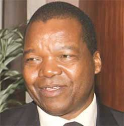 Zimbabwe's new Reserve Bank Governor John Mangudya says he is powerless to do anything about the economy. Image:
