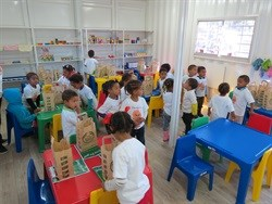 Childern at the Saron Educare inspecting their new classroom