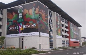Airport ads brings Grolsch to life