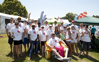Privateproperty.co.za swims Midmar Mile for paraplegics