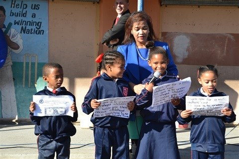 Left: Levana Primary pupils thank their benefactors