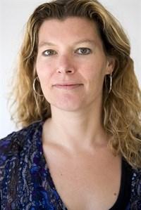 Dr Nicole Spieker