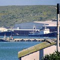 Bob Adams via Wikimedia Commons - Saldanha Bay harbour