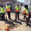 All-female team to repair roads in Heideveld
