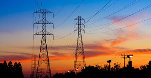 Many Africans live within metres of the national grid, but have no access. © Josemaria Toscano 123RF.com