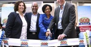 Photo caption: (from left to right) Jeanette Fenske, Provisional Operations Executive; Vikesh Ramsunder, COO of Clicks; Ennie Majaja, Store Manager and David Kneale, CEO of the Clicks Group. Photo credit: Jaco Cilliers