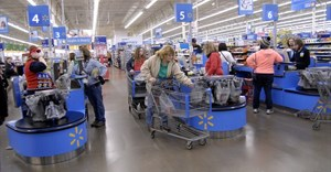 US retail sales rise a tick more than expected in May