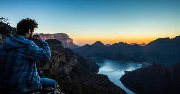 Blyde River Canyon sunrise - Image by Rudolph De Gerardier