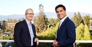 Apple CEO, Tim Cook and Deloitte CEO, Punit Renjen.