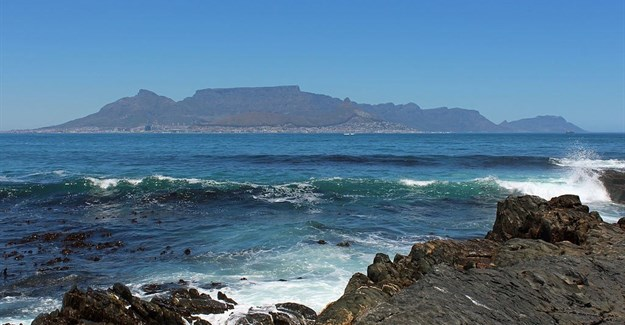 Capetonians try out cape town pass - Robben island and table mountain tour ...