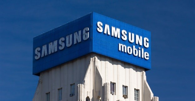 Samsung heir awaits court ruling on arrest