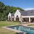 Rental property in Constantia Upper
