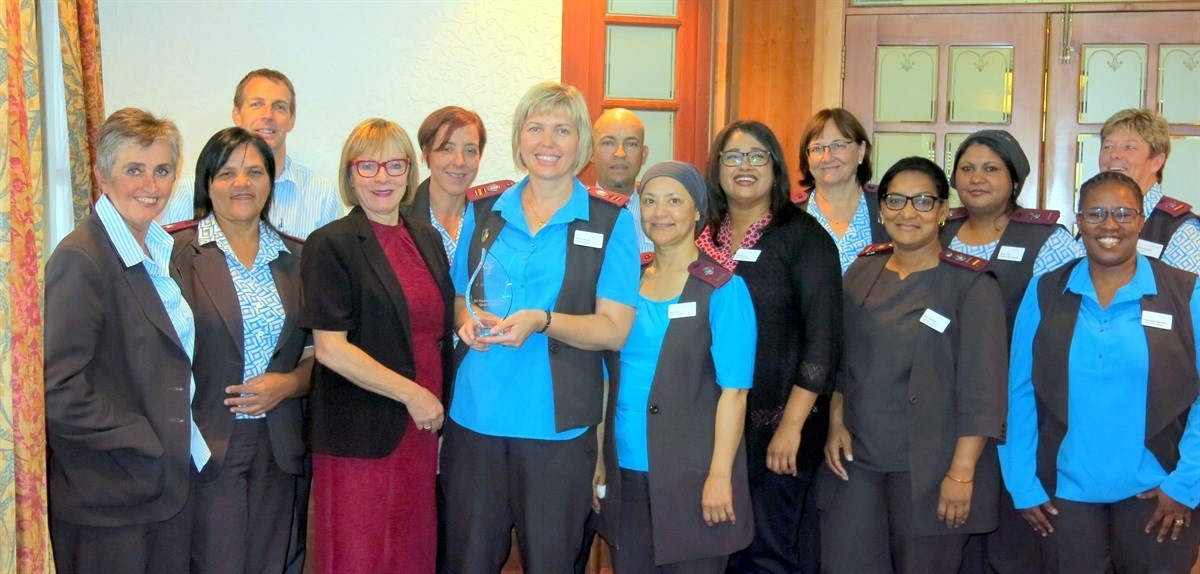 Infection Prevention And Control Management Of Mediclinic Cape Town Receives Quality Award Cohsasa