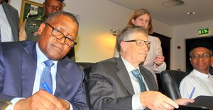 Aliko Dangote and Bill Gates. Source: