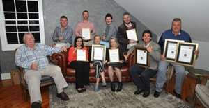 Platinum and Gold winners group. Front L to R: Ian Sieg (GWK Landzicht), Crystal Loggerenberg (GWK Landzicht), Mathilda Viljoen (Du Toitskloof), Marli Brink (Boplaas), Alvi van der Merwe (Alvi's Drift), Chris Venter (Orange River Cellars). Back L to R: Henri Swiegers (Muskadel SA), André Scriven (Rooiberg), Tiaan Loubser (Du Toitskloof) and Paul Burger (Nuy).