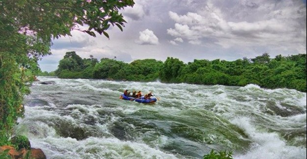 White water rafting on the Nile River at Wildwaters Lodge, Uganda