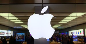 Apple opens first store in Taiwan