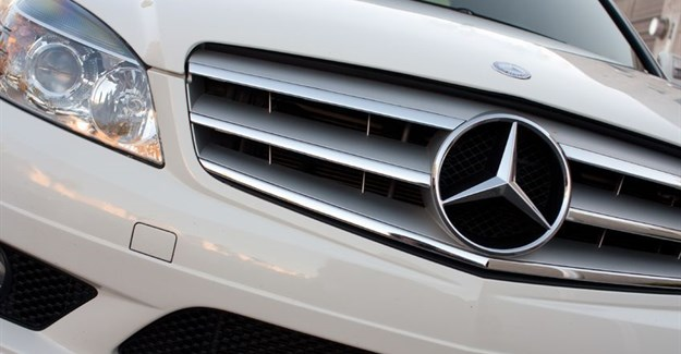 Daimler recalls millions of Mercedes including in Switzerland
