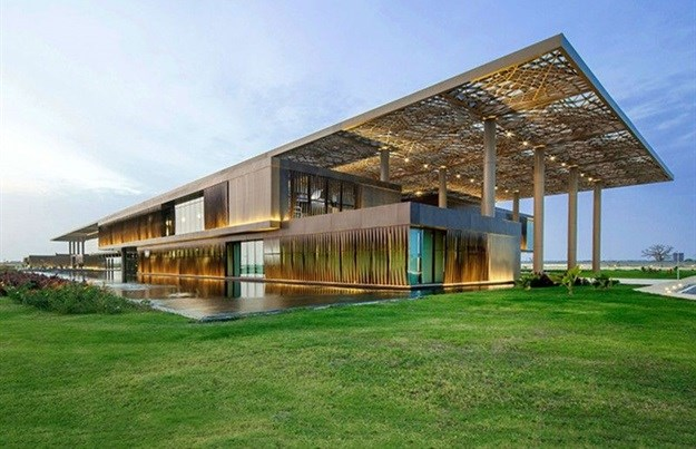 Dakar Conference Centre (Source: Africa Architecture Awards)