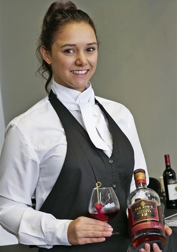 Best Wine Steward 2017, Michelle Swart, NH The Lord Charles