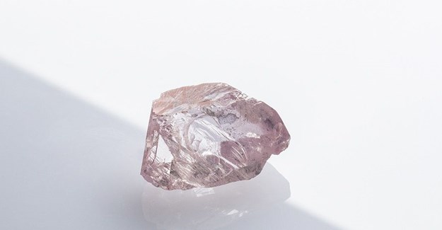 32.33 carat pink diamond extracted from Williamson Mine in 2016. Photo: Petra Diamonds