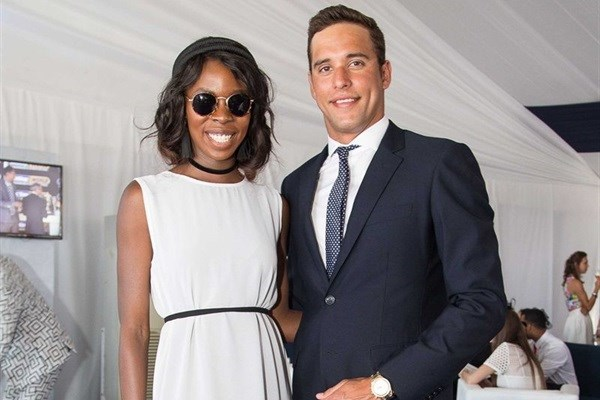 Olympic Gold Medallist Chad le Clos poses at Sun Met celebrated with G.H.Mumm