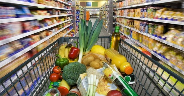Pick n Pay moves to offer groceries on credit