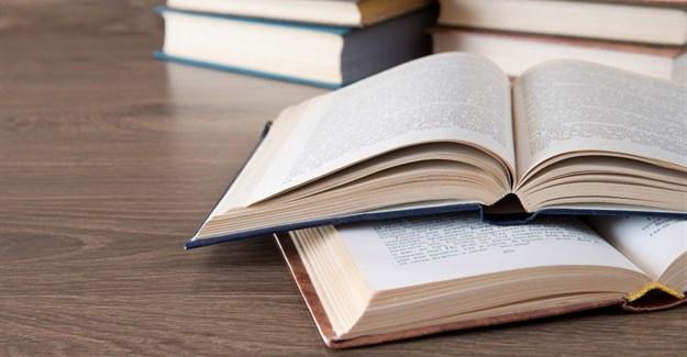 Future Nation Schools founder donates 25,000 books to Walter Sisulu University