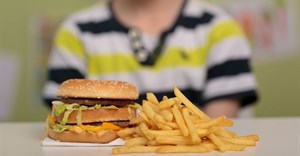 Costs push moms into unhealthy food options