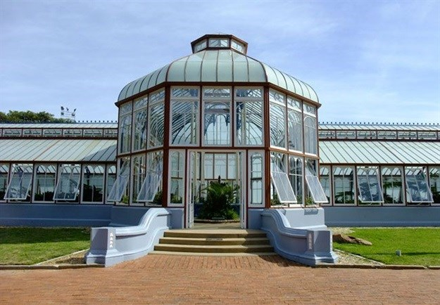 Pearson Conservatory. Image source: