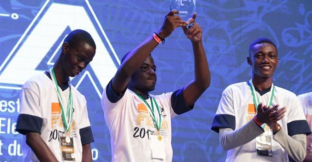 eSports gaming winners.