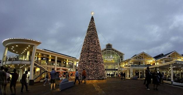 V&A Waterfront shares festive December line-up