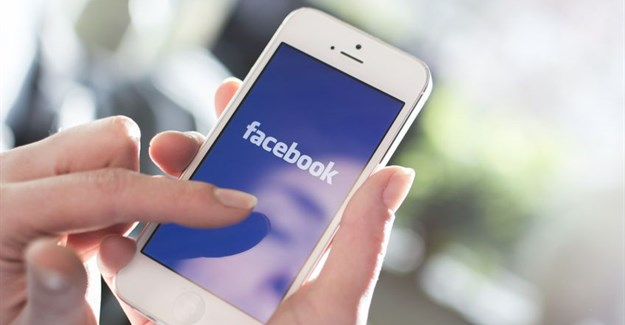 What travel marketers need to know about Facebook's News Feed change