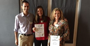 Winners, Amy Hopkins, food editor of Women's Health and Sam Linsell, creator of Drizzleanddip.com with Derek Donkin, CEO of SAAGA.