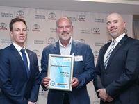 Patrick Leslie (Bridgestone SA), Ferdi de Vos (Environmental Award Winner), Bernard Hellberg (SAGMJ)