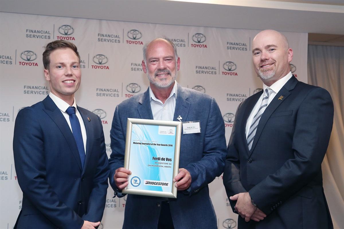 1_Patrick Leslie (Bridgestone SA); Ferdi de Vos (Environmental Award Winner); Bernard Hellberg (SAGMJ)