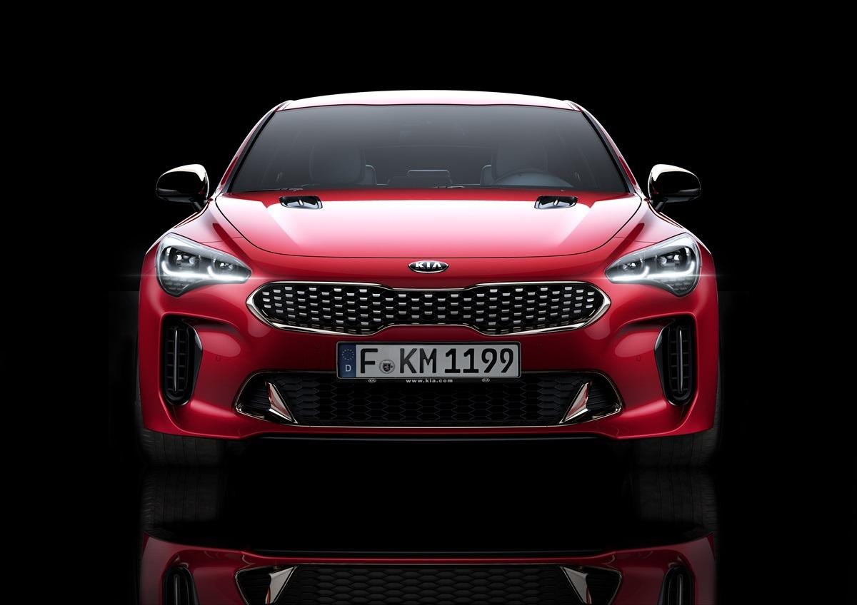 Kia Stinger makes world debut