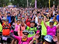 More than 2000 riders participated in the first even Jacaranda FM & Tracker Off the Beat 'n Track